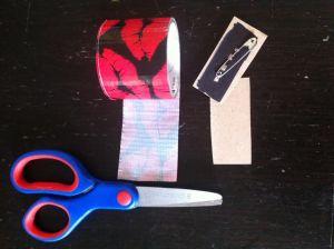 entourer de masking tape